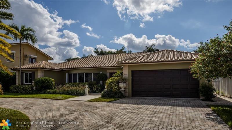 3216 NE 42nd Ct - Fort Lauderdale, Florida