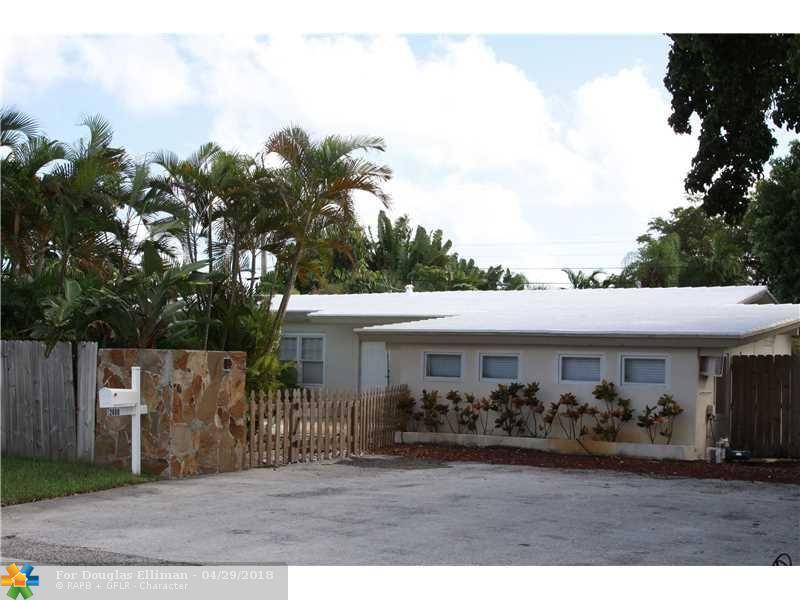 2600 NE 30th St - Fort Lauderdale, Florida