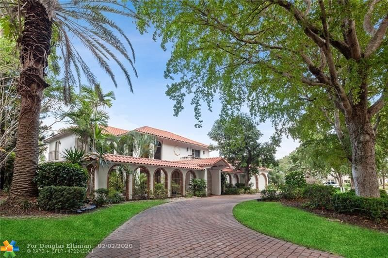 71 Bay Colony Dr - Fort Lauderdale, Florida