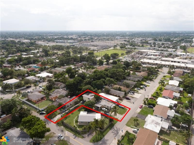3981 NE 8th Ave - Oakland Park, Florida