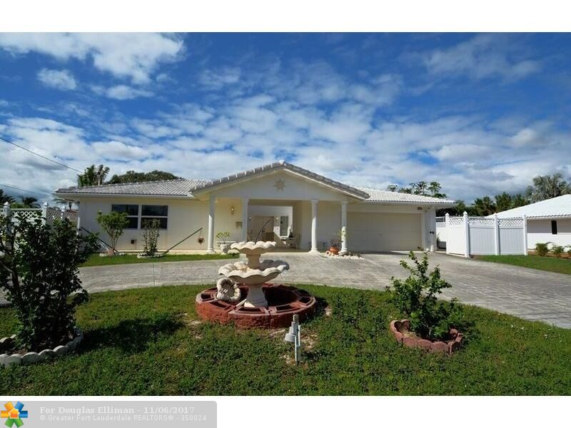 1015 SE 14th Ave - Deerfield Beach, Florida